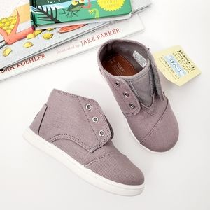 TOMS toddler boy Paseo Mid shoe size 8 NWT